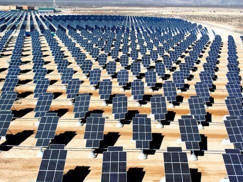 Parque solar gigante em Nevada, nos EUA