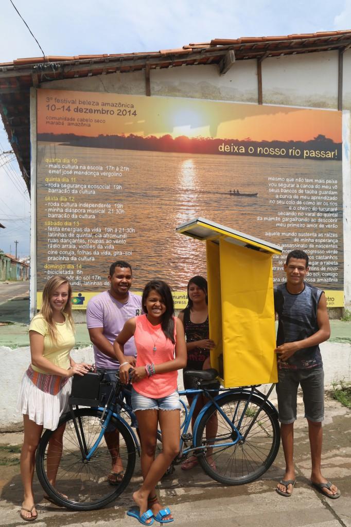 Arquivo Instituto Transformance: Cultura e Educação. Rios de Encontro, Cabelo Seco, Marabá (PA), Dezembro, 2014.