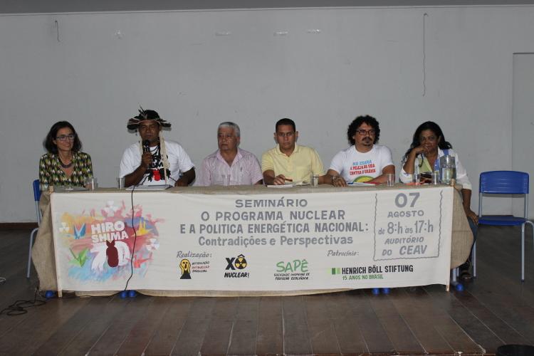 Jorge Pankará, Venâncio Alves, Gilmar Santos, Erivan Silva e Sueli Santos relataram os impactos da questão nuclear em suas comunidades.