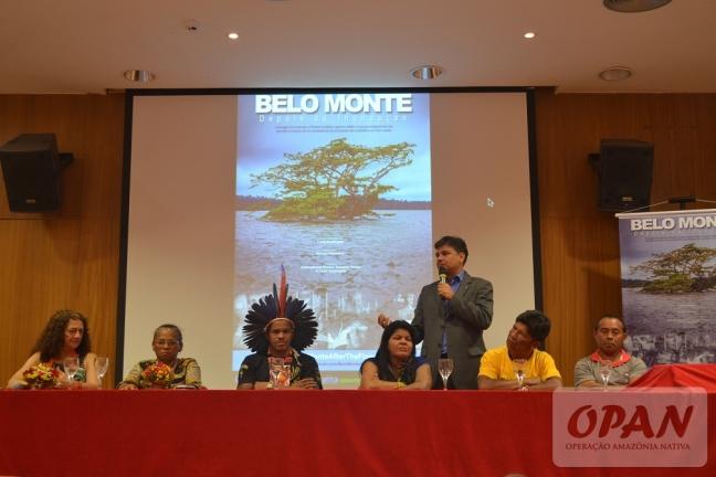 O procurador Felício Pontes afirmou ter conhecimento da existência de 40 grandes projetos hidrelétricos previstos para a Amazônia nos próximos 20 anos. Foto: Giovanny Vera/OPAN