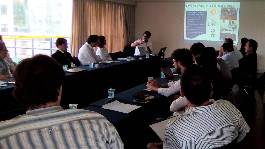 Barroso e equipe, da EPE, dialogaram com integrantes do GT Infraestrutura, em São Paulo. Foto: Sucena Shkrada Resk/ICV